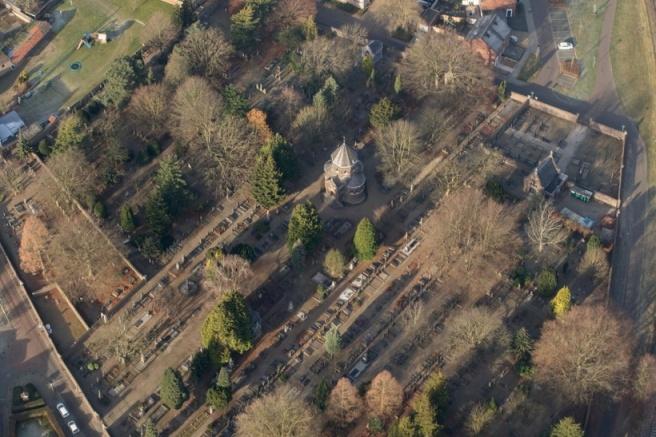 Luchtfoto Oude Kerkhof-2